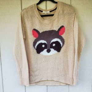 Rewind Raccoon high low sweater novelty fun Large